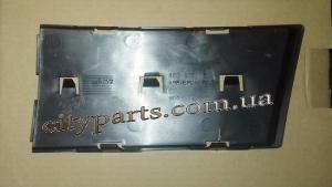 Заглушка решетка бампера Ауди А4 2004 - 2009