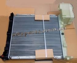 Радиатор Мерседес Вито 638 1996 - 2003